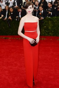 Anne Hathaway wore a top and skirt by Calvin Klein Collection.