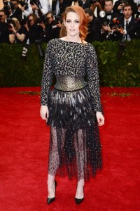 Kristen Stewart – the current face of Chanel - chose a dress from the fashion house's spring/summer 2014 couture collection.