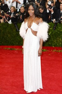 Naomi Campbell wore a Givenchy Haute Couture by Riccardo Tisci gown.